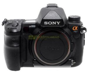 sony a850 full-frame camera-03